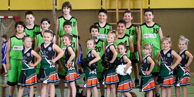 Showauftritt der Super Peewee Flames beim Basket Cup