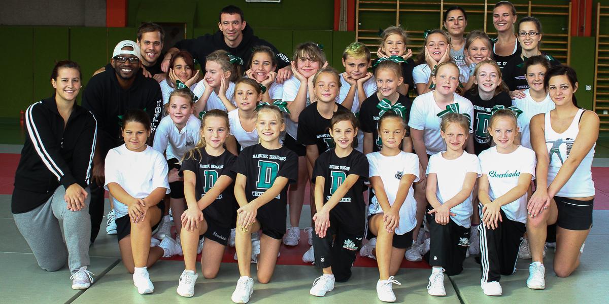 Cheerleader Daycamp with Tony Hodges & Crew